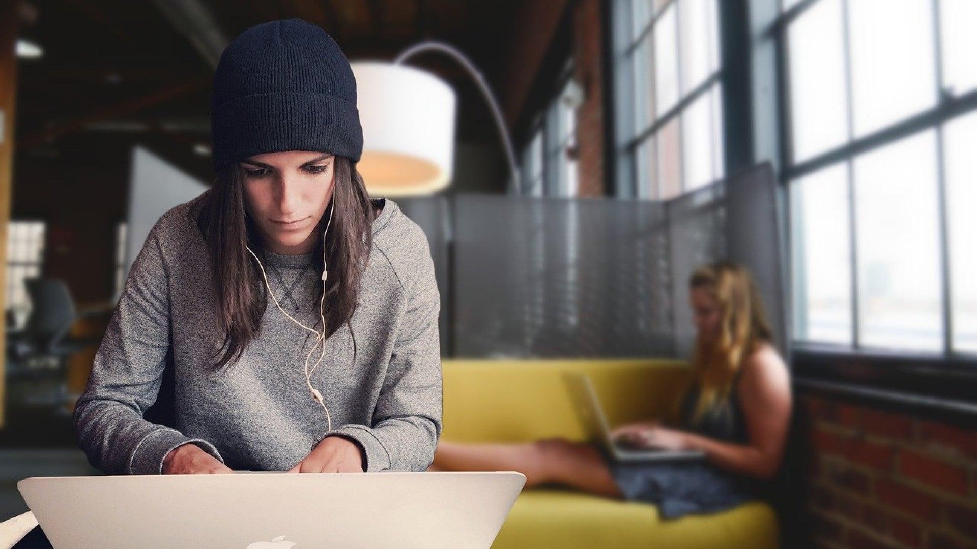Pourquoi investir dans des bureaux de coworking à Lyon ?